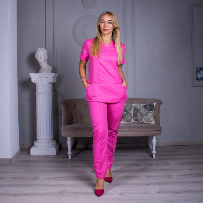 Медицинский костюм женский розовый Avicenna