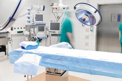 Одноразовая простынь для транспортировки пациента CleanOp™
